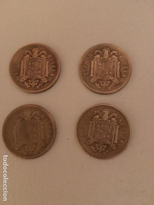 Monedas Franco: LOTE DE 4 MONEDAS DE 1 PESETA DE 1944 MBC - Foto 2 - 111985899