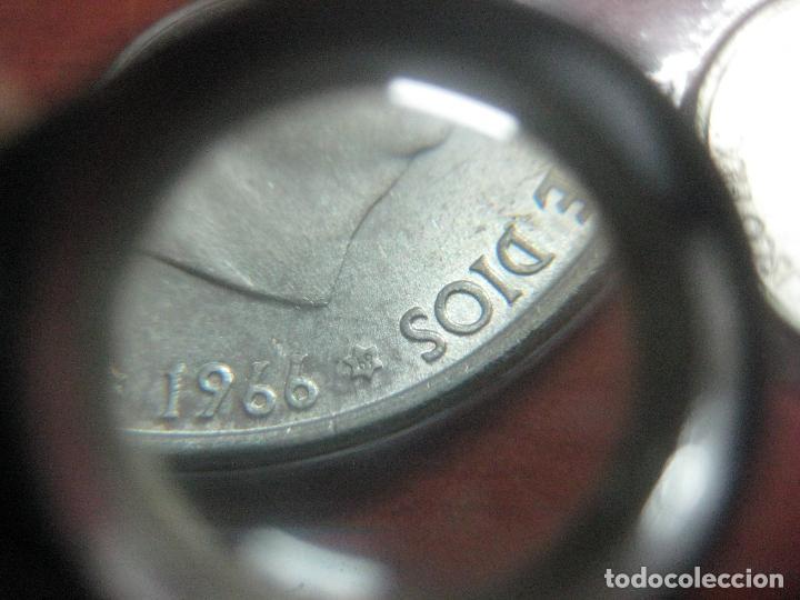 Monedas Franco: RARO ESTUCHE CON LAS 5 MONEDAS DE 100 PESETAS DE PLATA EMISION DE 1966, INCLUIDA EL 69 DE PALO RECTO - Foto 5 - 115465351