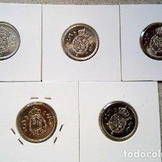 Monedas Franco: ESPAÑA - LOTE DE 5 PESETAS - 1975 * 76 HASTA 1975 * 80 - S/C - ENCARTONADA - CAT. Nº 40. Lote 120968391
