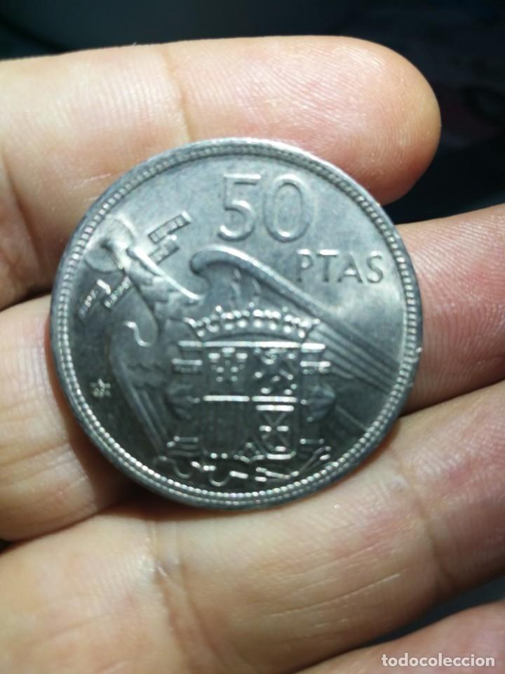 Monedas Franco: Moneda de 50 pts de franco.año 1957 estrella 68 prueba - Foto 3 - 84378400