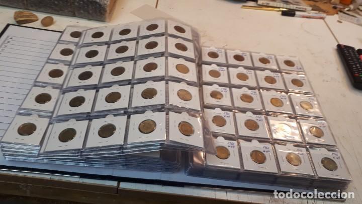 Monedas Franco: Pesetas Franco 1963 a 1966. 660 monedas - Foto 3 - 132678618