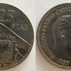 Monedas Franco: ESPAÑA - 25 PESETAS, 1957 - ESTRELLA 65 - KM# 787. Lote 140454282