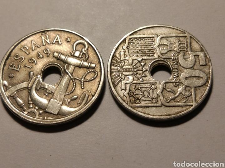 Monedas Franco: Todas las monedas de 50 céntimos de 1949, estrellas visibles, dos con agujeros desplazados - Foto 3 - 142832217
