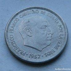 Monedas Franco: MONEDA DE 5 PESETAS DEL ESTADO ESPAÑOL AÑO 1957 *67 EBC. Lote 144568162