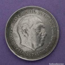 Monedas Franco: MONEDA 5 PESETAS 1957 *60. Lote 146914626