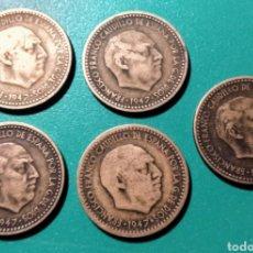 Monedas Franco: ESPAÑA. 5 MONEDAS DE 1 PESETA 1947 *48.. Lote 151148117