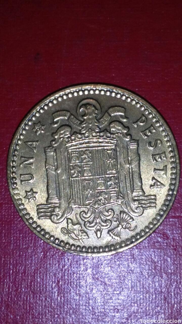 Monedas Franco: 1 PESETA F FRANCO 1963*19*64 !! SIN CIRCULAR !! - Foto 2 - 152360864