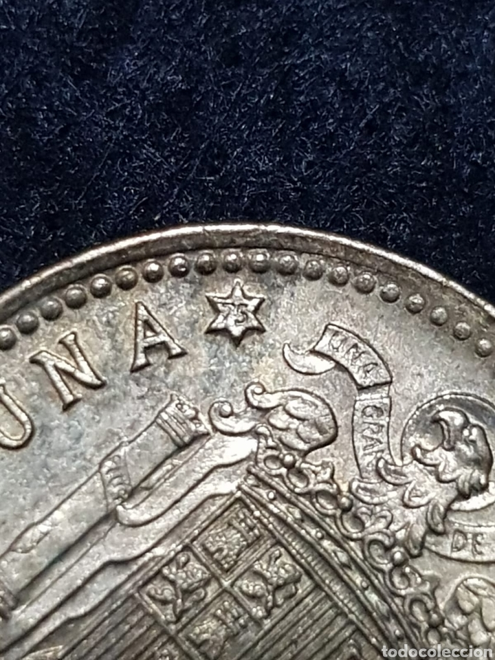 Monedas Franco: 1 peseta Franco 1966 *75 - Foto 3 - 175555377