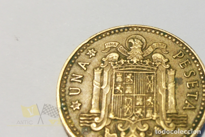 Monedas Franco: Moneda de 1 peseta - 1966 *69 - Foto 2 - 177136970