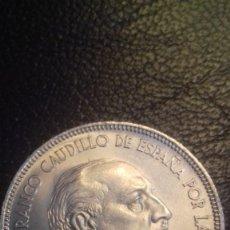 Monedas Franco: MONEDA DE FRANCISCO FRANCO DE 5 PESETAS 1949 1950, ESTRELLAS 19 Y 50. RECIBIRA LA MONEDA.SC-. Lote 183220626