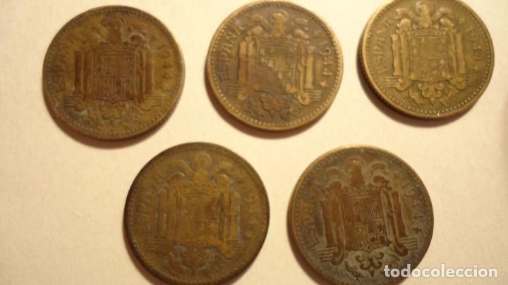 Monedas Franco: LOTE 5 MONEDAS DE 1 PESETA 1944 - Foto 7 - 179070752