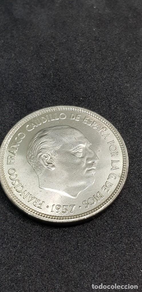 25 PESETAS 1957 (65) SIN CIRCULAR (Numismática - España Modernas y Contemporáneas - Estado Español)