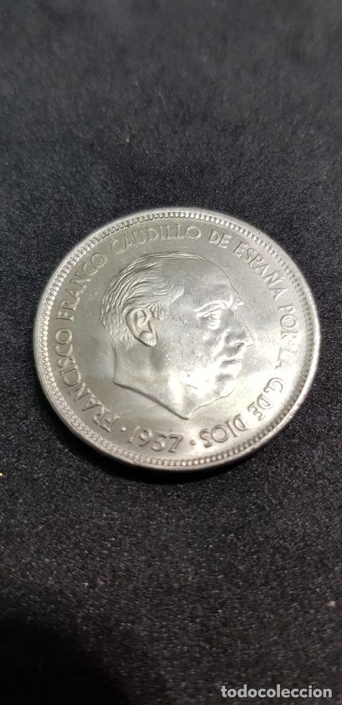 25 PESETAS 1957 (66) SIN CIRCULAR (Numismática - España Modernas y Contemporáneas - Estado Español)