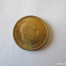 Monedas Franco: ESTADO ESPAÑOL * 2,50 PESETAS 1953*56 * SC. Lote 190634247