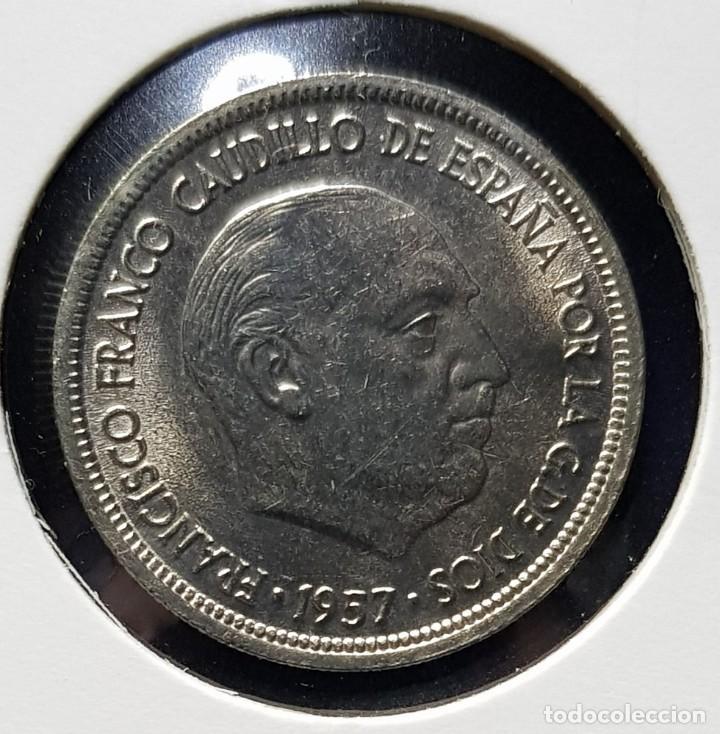 Monedas Franco: VARIANTE ERROR - 5 Pesetas 1957 *69 - SIN CIRCULAR - Girada 15º - Foto 2 - 190873251
