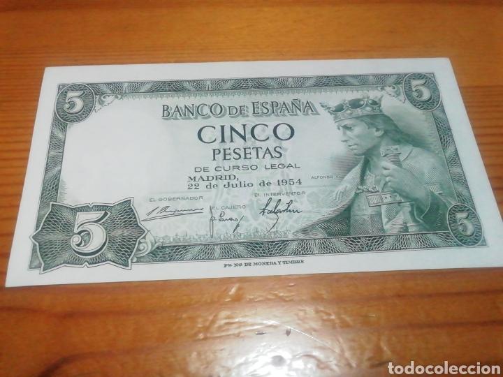 Monedas Franco: Billete de 5 pesetas de 1954 impecable - Foto 2 - 221842890