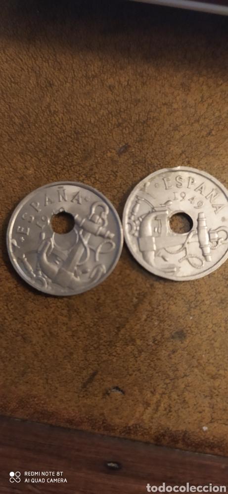 50 CÉNTIMOS 1949 ( 2) UNA CON AGUJERO DESPLAZADO (Numismática - España Modernas y Contemporáneas - Estado Español)