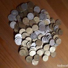 Monedas Franco: 162 MONEDAS 1 PESETAS RUBIAS Y NIQUEL - GIJONBANK. Lote 221945646