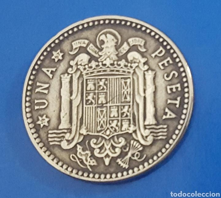 Monedas Franco: MONEDA DE UNA PESETA 1963 *67 - Foto 2 - 230414265