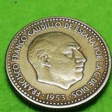 Moedas Franco: UNA PESETA DE 1953 ESTRELLA 56. Lote 232529875