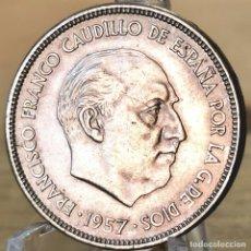 Monedas Franco: ⚜️ B2226. SIN CIRCULAR MENOS. 25 PESETAS 1957 *64. AB158. Lote 235219455