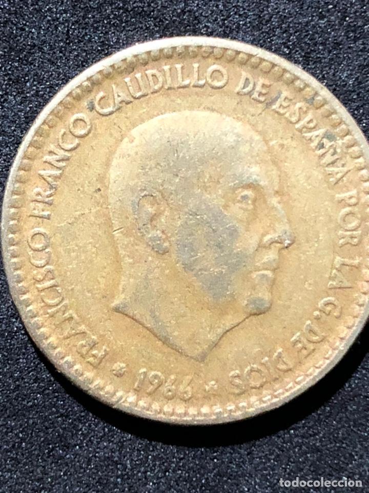 MONEDA DE 1 PESETA DE 1966 CON ESTRELLA DEL 67. (Numismática - España Modernas y Contemporáneas - Estado Español)
