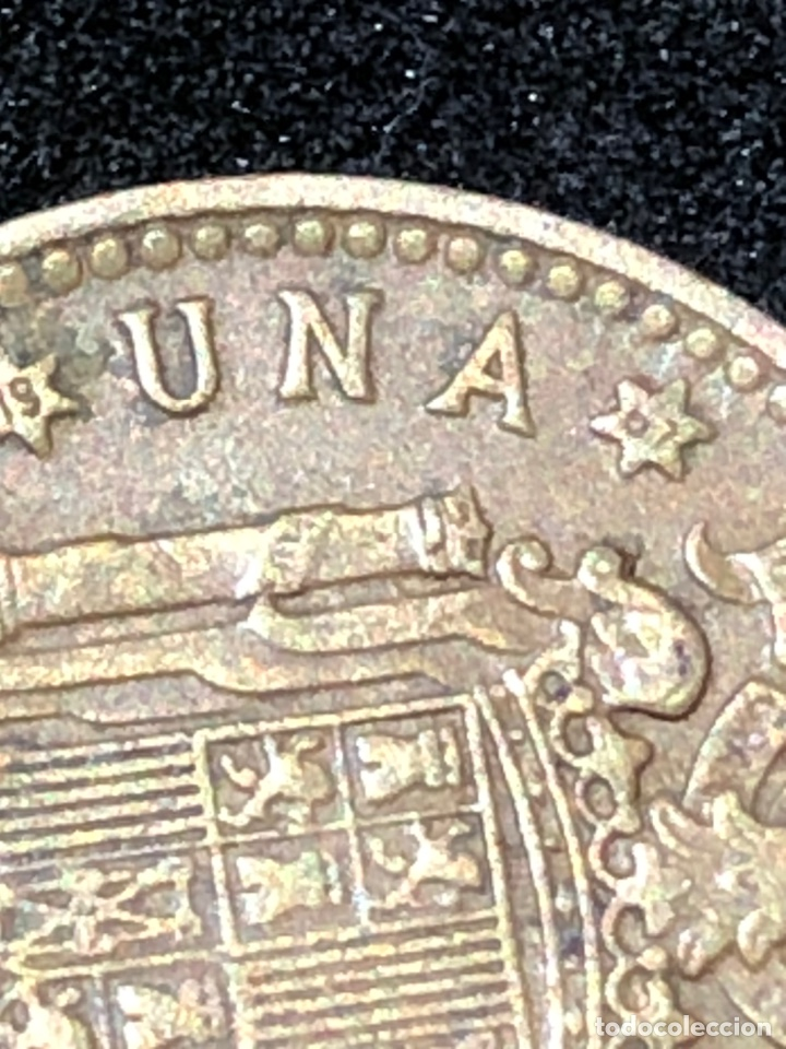 Monedas Franco: Moneda de 1 peseta de 1966 con estrella del 67. - Foto 4 - 241943650