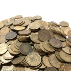 Monedas Franco: 1 KILO DE PESETAS DE FRANCO- DESDE 1944 A 1966 .SIN CLASIFICAR. Lote 255553290