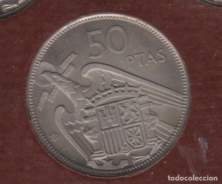 Monedas Franco: Cartera monedas año 1957 con estrella 73* - Foto 6 - 256001460