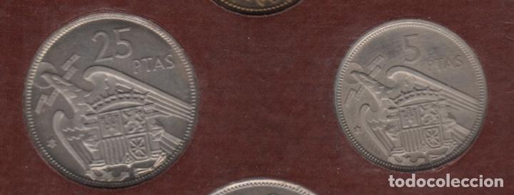 Monedas Franco: Cartera monedas año 1957 con estrella 73* - Foto 7 - 256001460