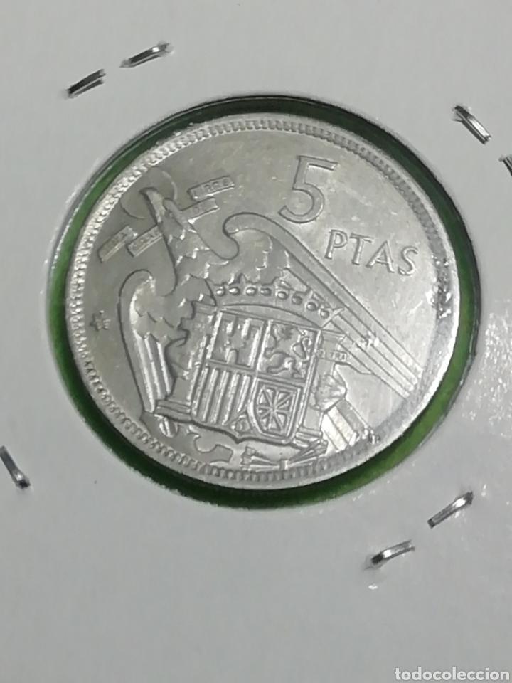 Monedas Franco: Moneda de 5 pesetas de 1957 estrella 75 - Foto 3 - 257732270