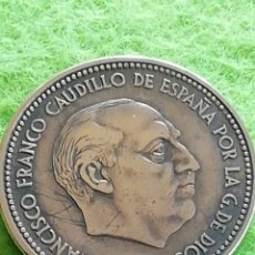 Monedas Franco: ANTIGUA MONEDA DE 2.50 PESETAS DE 1953 ESTRELLA 54. MBC.. Lote 258964190