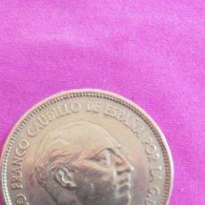 Monedas Franco: MONEDA DE 25 PTS DE FRANCO 1957 *71. Lote 262078415