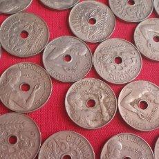 Monedas Franco: LOTE DE MONEDAS DE 25 CENTIMOS REPUBLICA ESPAÑOLA AÑOS 1927-1934 .HAY 188 MONEDAS. Lote 271111538