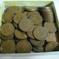 Monedas Franco: MONEDAS DE 1 PESETA DE FRANCO AÑOS 1950 VARIOS AÑOS LOTE DE 100 MONEDAS (#). Lote 295370263