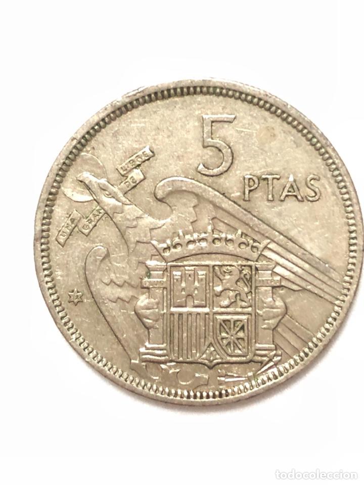 Monedas Franco: 5 pesetas de 1957 estrella del 72. - Foto 2 - 278552813