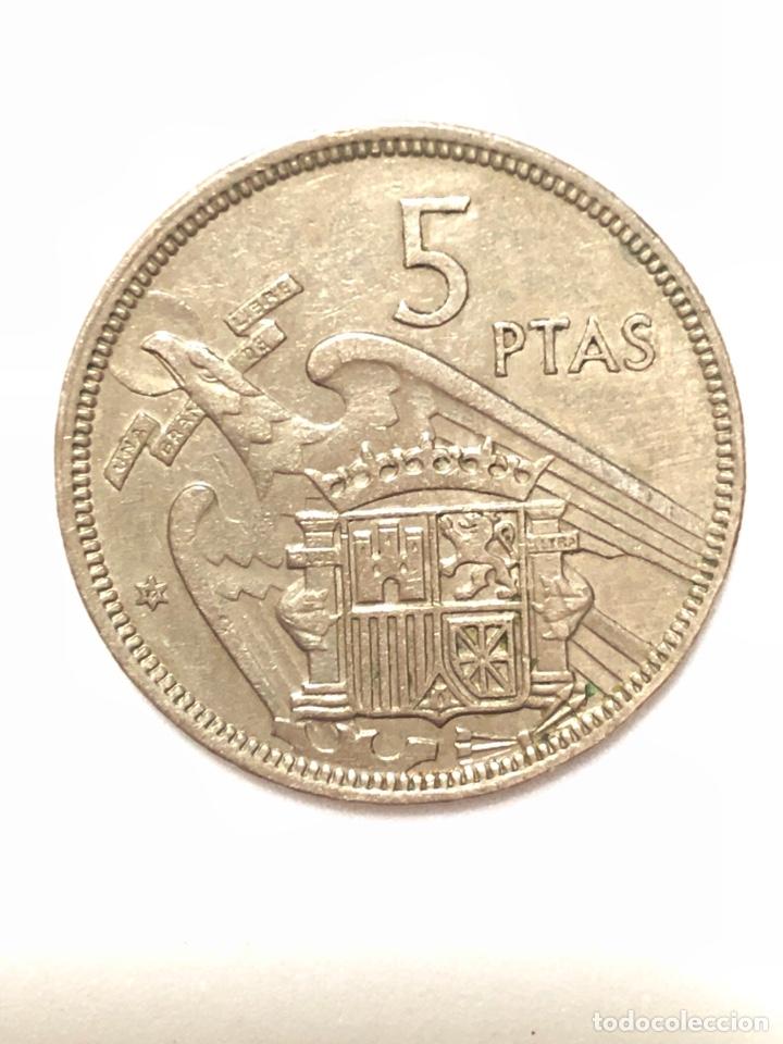 Monedas Franco: 5 pesetas de 1957 estrella del 72. - Foto 2 - 278552958