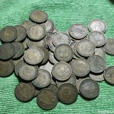 Monedas Franco: LOTE DE 64 MONEDAS DE 1 PESETA 1963 *66 Y *67. Lote 287310393