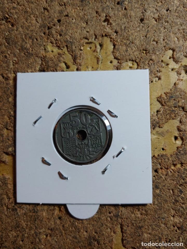 Monedas Franco: MONEDA DEL ESTADO ESPAÑOL DE 50 CENTIMOS DEL AÑO 1963 * 65 - Foto 2 - 289433298