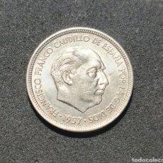 Monedas Franco: PRECIOSA MONEDA DE 5 PESETAS DE 1957 *73 SIN CIRCULAR. Lote 292587533