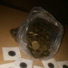 Monedas Franco: MAS DE 2 KILOS MONEDAS DE 1 PESETA. Lote 293418948