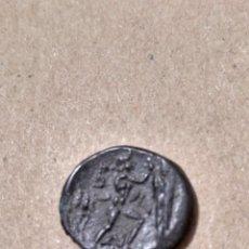 Monedas Grecia Antigua: AE20 ANTIGONOS GONATAS MACEDONIA (277-239 A.C.) CABEZA ATHENA CON FICHA DE SUBASTA. Lote 142421432