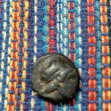 Monedas Grecia Antigua: 17- BRONCE DE ANTIOCO II (261-246 A.C.) CON FICHA PROCEDENTE DE SUBASTA DIÁMETRO: 11 MM.. Lote 277608888