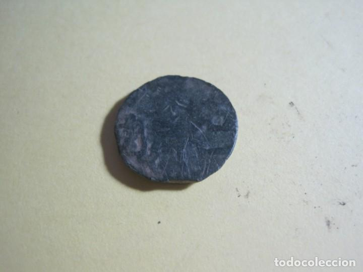 Monedas hispano árabes: MONEDA ARABE DE BRONCE - Foto 2 - 158464870
