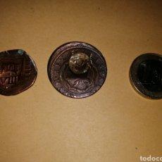 Monedas hispano árabes: 2 MONEDAS RESELLADAS. Lote 168340481