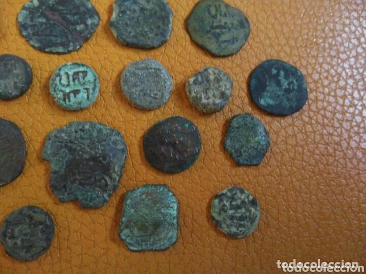 Monedas hispano árabes: Lote 33 felus hispano árabes a limpiar y catalogar, de epoca gobernadores y otras... - Foto 4 - 173461657