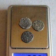Monedas hispano árabes: 3 MONEDITAS ARABES DE PLATA DE 12MM. Lote 255924645