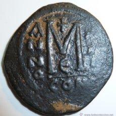 Monedas Imperio Bizantino: FLAVIO MAURICIO TIBERIO 582-602 EMPERADOR BIZANTINO FOLLIS DE CONSTANTINOPLA. Lote 42416273