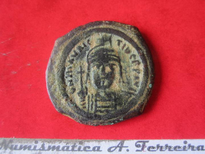 I. BIZANTINO. FOLLIS DE MAURICIO TIBERIO. #MN (Numismática - Periodo Antiguo - Imperio Bizantino)