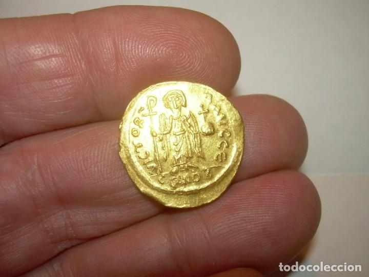 Monedas Imperio Bizantino: SOLIDO DE ORO...BIZANTINO...MAURICIUS TIBERIUS ..(582 - 602). - Foto 8 - 147582990